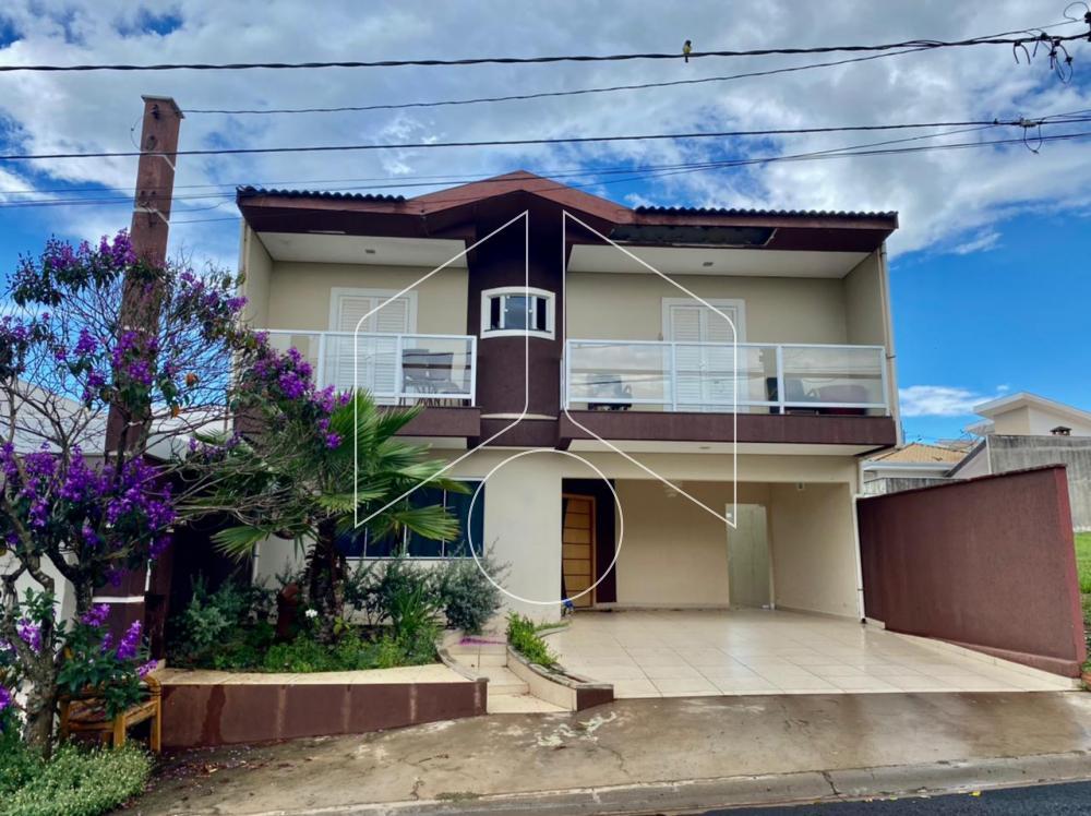 Marilia residencial Locacao R$ 4.500,00 Condominio R$440,00 4 Dormitorios 4 Suites Area do terreno 250.00m2 Area construida 210.96m2