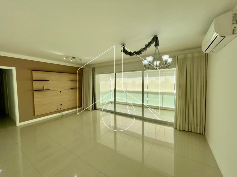 Marilia residencial Locacao R$ 4.000,00 Condominio R$900,00 4 Dormitorios 2 Suites Area construida 140.00m2