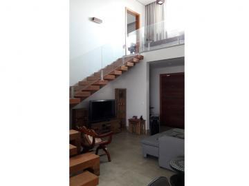 Marilia Residencial Vale Verde residencial Venda R$1.850.000,00 Condominio R$621,20 3 Dormitorios 4 Vagas Area do terreno 550.00m2 Area construida 335.00m2