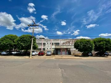 Marilia Distrito Industrial comercial Locacao R$ 25.000,00  20 Vagas Area construida 4000.00m2